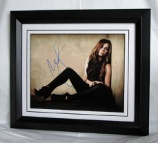 A451MC MILEY CYRUS SIGNED